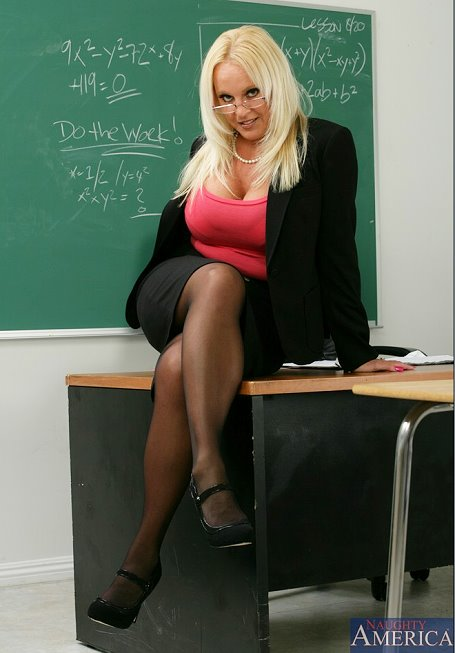 Gold porn milf teacher don't understand